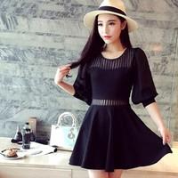 Đầm đen xòe phối voan nữ tính gợi cảm xinh xắn vừa phù hợp mọi nơi