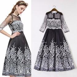 Đầm xòe họa tiết  tinh tế
