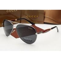 Kính nam Gucci 5011, tinh tế đến từng chi tiết