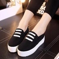 Giày Bánh mì đen A6890S