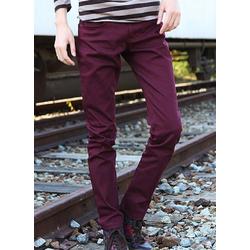 Quần kaki nam màu đỏ đô form body dành cho nam cá tính, năng động