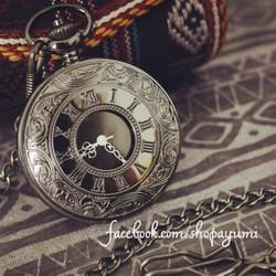 Đồng hồ quả quýt La Mã Đen huyền bí
