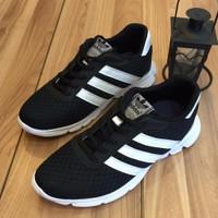 Giày thể thao LS0891