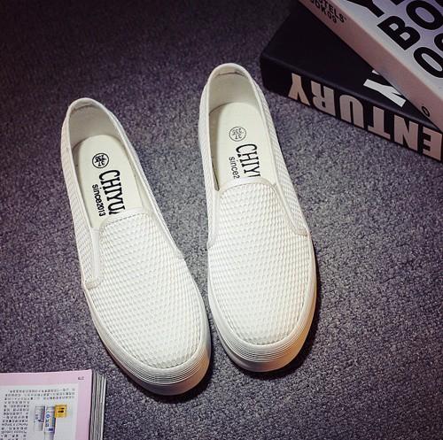 Giày slip on lưới màu trắng – MS: G810-T 4