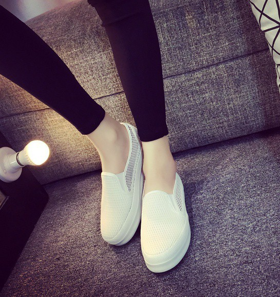 Giày slip on lưới màu trắng – MS: G810-T 9