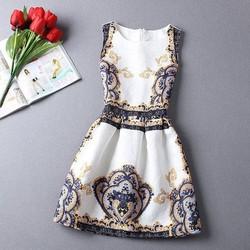 đầm váy xòe họa tiết in nổi sang trọng