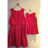 Set đầm đôi giả áo croptop sắc đỏ cho mẹ và bé HGS 89