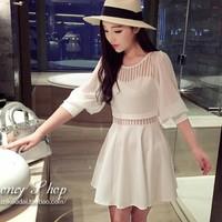 Đầm trắng xòe phối voan nữ tính gợi cảm xinh xắn vừa phù hợp mọi nơi