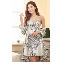 Set bộ đầm ngủ nữ hai dây kèm áo choàng họa tiết hoa gợi cảm-BN136