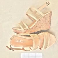 LINCY.VN - Giày sandal quai ngang lưới đế xuồng R221
