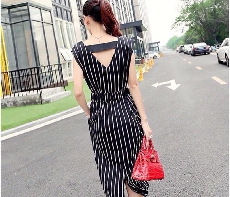 Đầm suông sọc có túi hông kèm dây lưng nối bật LL00166 2