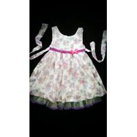 Đầm vải chân ren