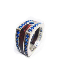 Nhẫn bạc vuông cẩn gỗ cẩm lai và đá topaz xanh dương