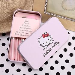 Bộ cọ Hello Kitty xinh xắn