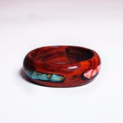 Nhẫn gỗ cẩm lai cẩn đá tourquoise xanh và hồng