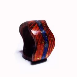 Nhẫn gỗ cẩm lai cẩn đá tourquoise xanh dương và trang trí đồng