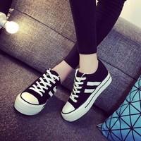 Giày bánh mì nữ cột dây A7223S