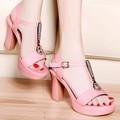 HÀNG  CAO CẤP CHẤT NGOẠI NHẬP- Giày cao gót đính đá màu hồng.
