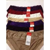 Combo gồm 5 Quần lót vải cotton pha ren-triumph xuất Nhật