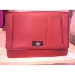 Túi hộp Charles and Keith F1