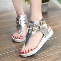 Giày sandal xỏ ngón cá tính S001B