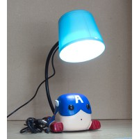 Đèn để bàn, đèn chiếu sáng khi làm việc trên laptop