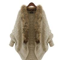Áo khoác len phối lông cổ