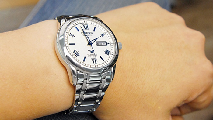 dong ho citizen nh 8290 59a 1m4G3 afad17 1 số ưu điểm nổi bật của đồng hồ Citizen Eco Drive