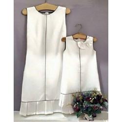 Đầm đôi trắng phối viền đen cho mẹ và bé