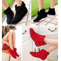 Giày boot nhung cổ lật đế thấp màu đen
