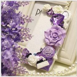 Bao da đính hoa hồng tím điện thoại Iphone OP903