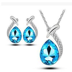 ctx_b05_bộ trang sức giọt nước xanh quý phái