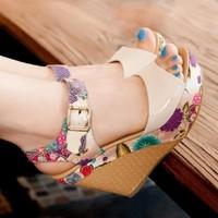 HÀNG NHẬP CAO CẤP - Giày sandal đế xuồng mẫu mới