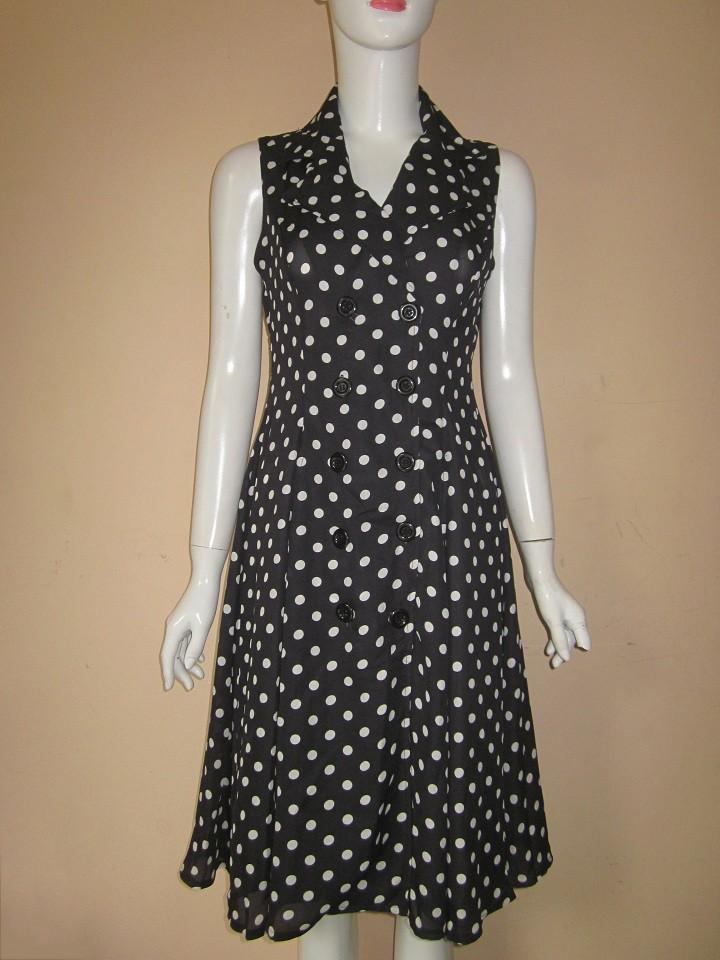 Đầm xòe chấm bi cổ vest HMM - V175 3