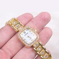 Đồng hồ Nữ Cartier Mặt Chữ Nhật Đính Đá D0560-DHA164 - Kim Quay - Vàng
