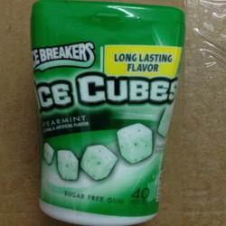 Kẹo Singum Icebreakers Ice Cubes Vị Bạc Hà Cực Mát