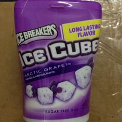Kẹo Singum Icebreakers Ice Cubes Vị Nho