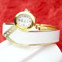 Vòng tay đồng hồ GE013 hoàn hảo tinh tế