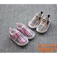Giày trẻ em G935