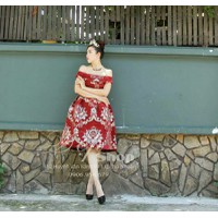 ĐẸP SHOP - Xưởng may chuyên sỉ - Đầm bẹt vai đỏ họa tiết