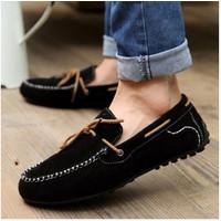 Giày nam mọi cột dây màu đen