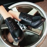 Giày boot kiểu dáng cổ điển BT230D - Doni86