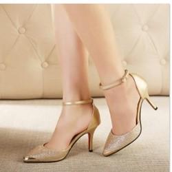 giày cao gót mũi đính kim loại