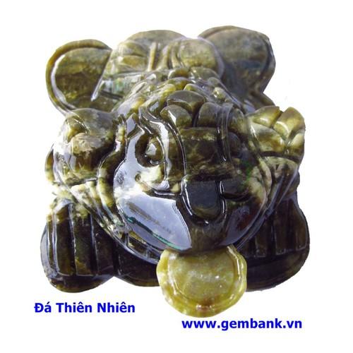 Thiềm Thừ Phong Thủy Lam Ngọc 0.4kg