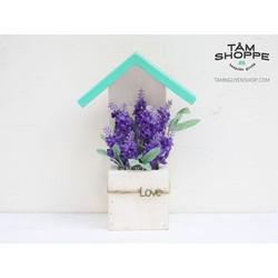 Nhà gỗ tình yêu hoa Lavender tím