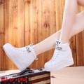 Giày sneaker nữ đính hạt cực đẹp - GN4