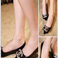 Giày nữ gót thấp channel da bóng sang trọng GCn194