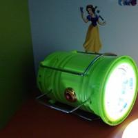 Đèn bảo đa năng,có đèn pin,sạc 220v_năng lượng mặt trời.