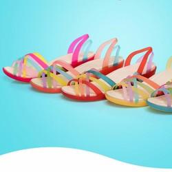 Giày sandal nhựa đế cao