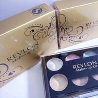 Bộ Kit trang điểm Revlon 2 tầng